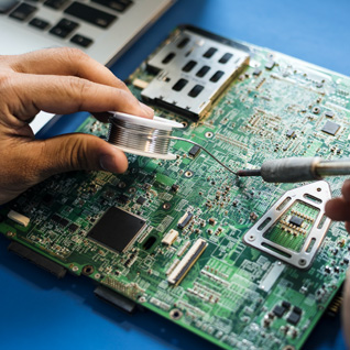 Servizio di riparazione di schede elettroniche